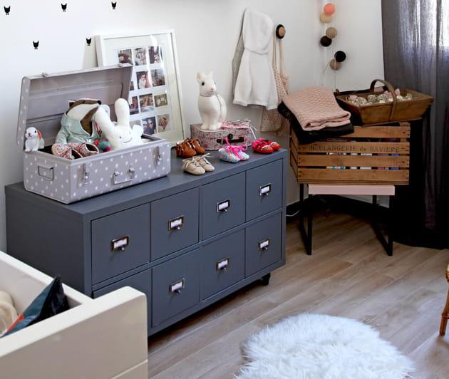 une cantine pour enfant. Black Bedroom Furniture Sets. Home Design Ideas