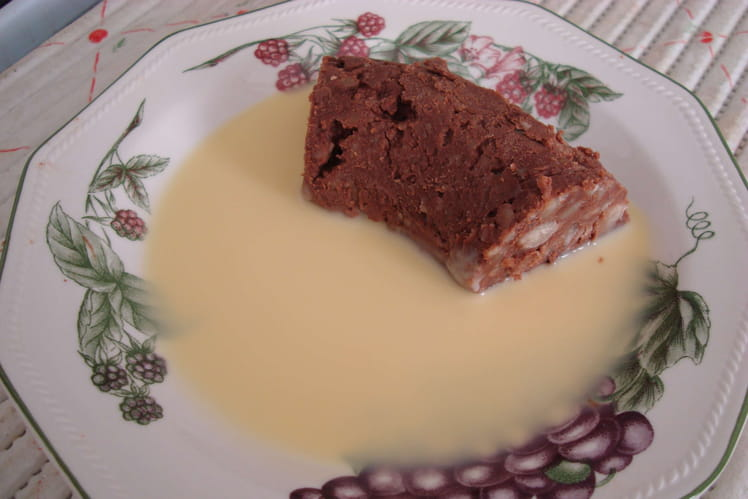 Gâteau aux marrons à la crème anglaise
