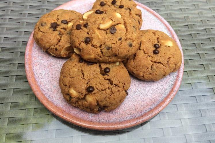 Cookies aux cacahuètes et pépites de chocolat