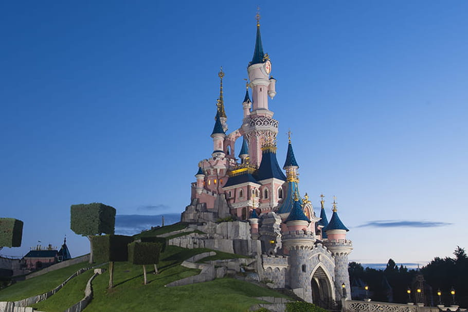 Disneyland Paris: une réouverture le 2avril 2021