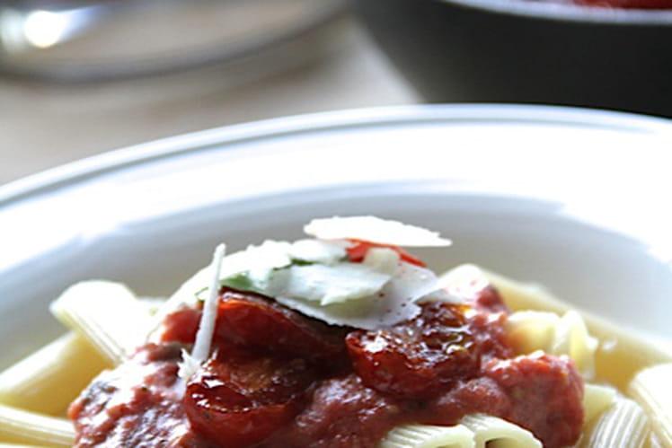 Pâtes tièdes aux tomates cerises et aux câpres