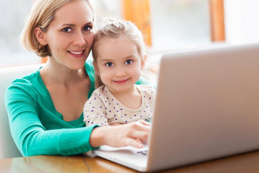 Comment trouver une baby-sitter sur Internet?