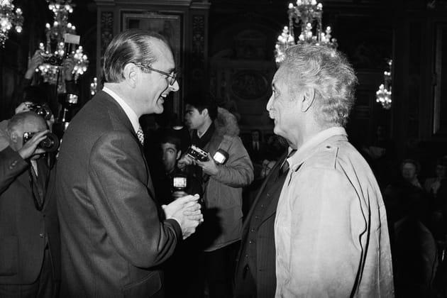 Avec Jacques Chirac qui lui remet un Grand Prix du Disque
