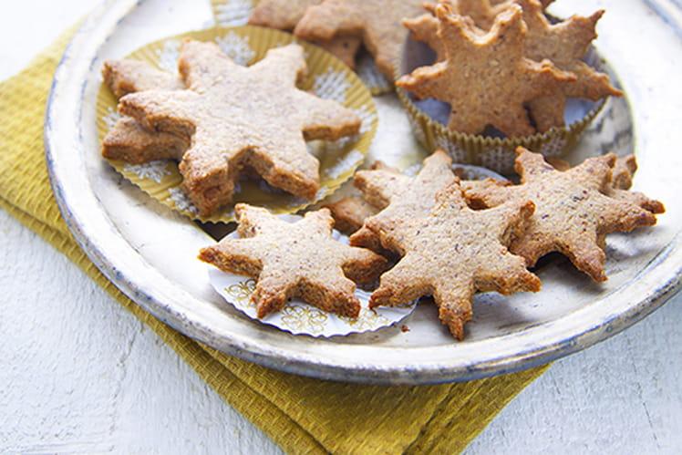 Biscuits de Noël soja, noisette, cannelle