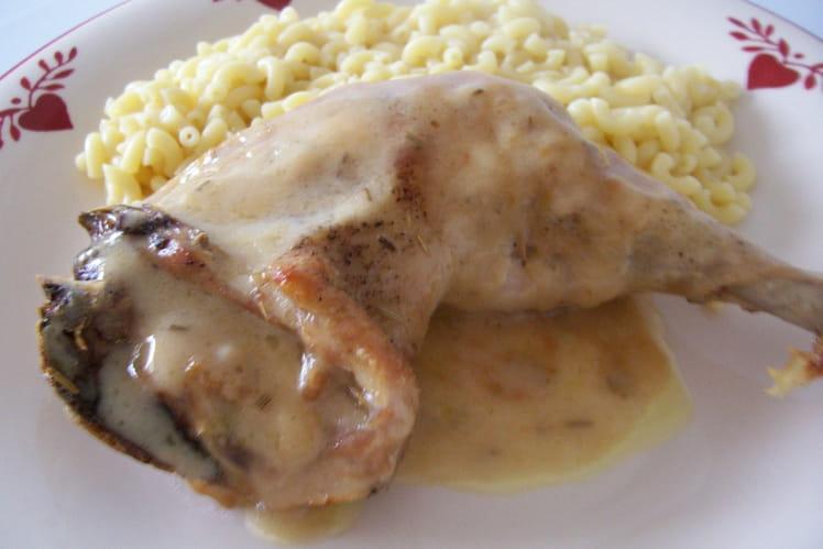 Poulet à la sauce aillée