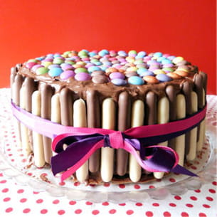 layer cake party chocolat-framboise (smarties-finger)