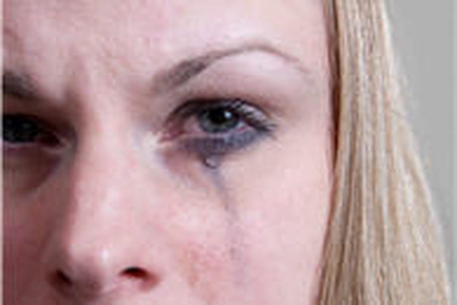 Viol conjugal: une campagne choc pour lever le tabou