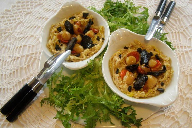 Cassolette de Saint-Jacques, poireaux et truffe