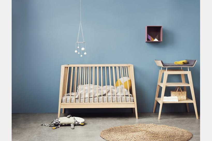 des lits volutifs qui grandissent avec b b. Black Bedroom Furniture Sets. Home Design Ideas