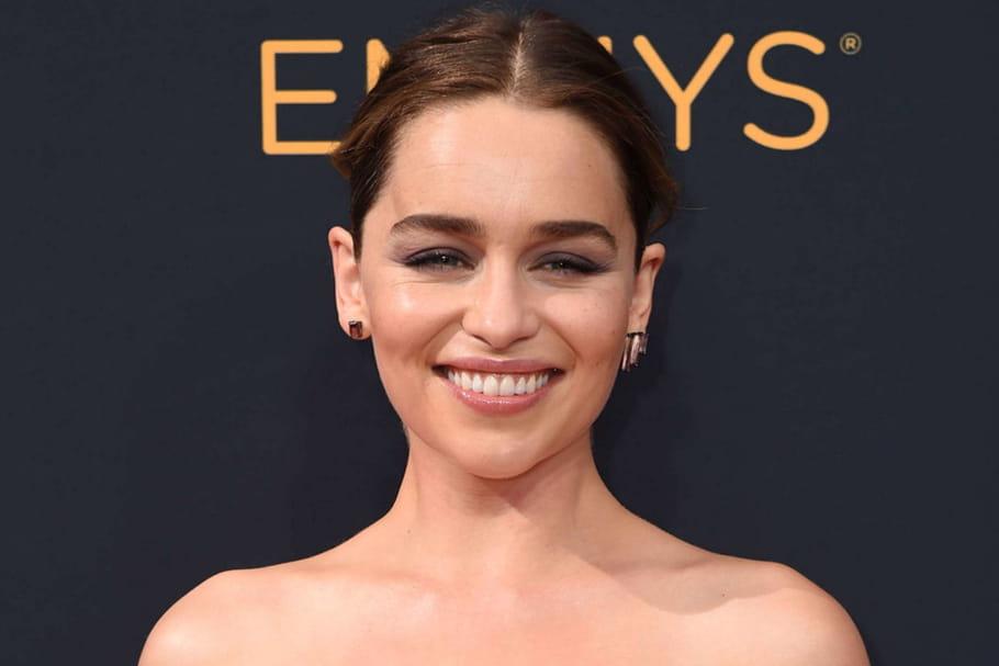 Emilia Clarke, princesse à la beauté naturelle