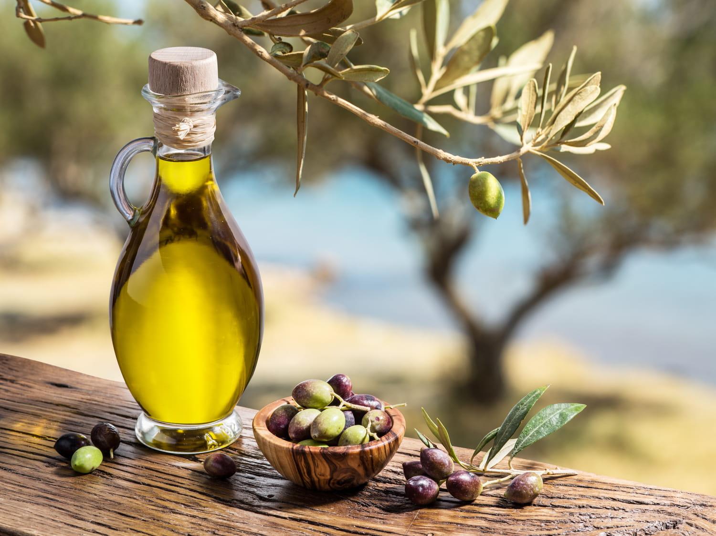 Huile d'olive: bienfaits pour la santé, composition, cuisson