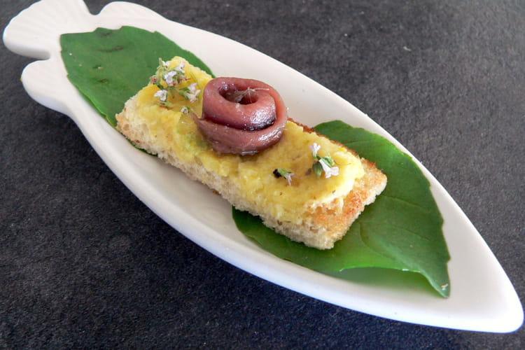Tartelettes à la compotée de courgettes et anchois