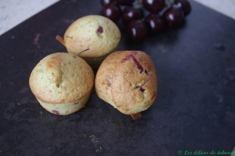 Gâteau à la pistache et aux cerises