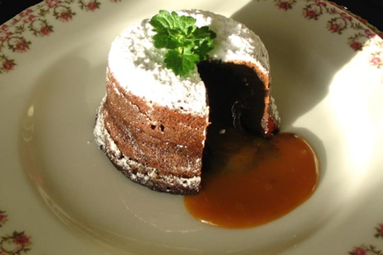 Fondant au chocolat, coeur de caramel coulant
