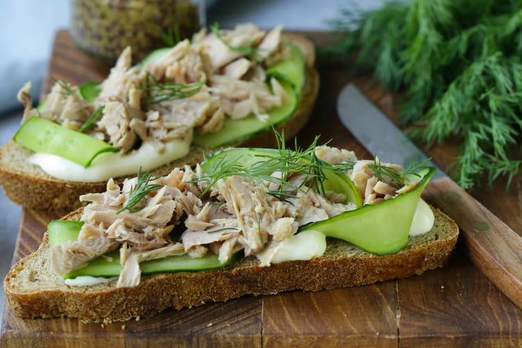 Sandwich de thon au concombre