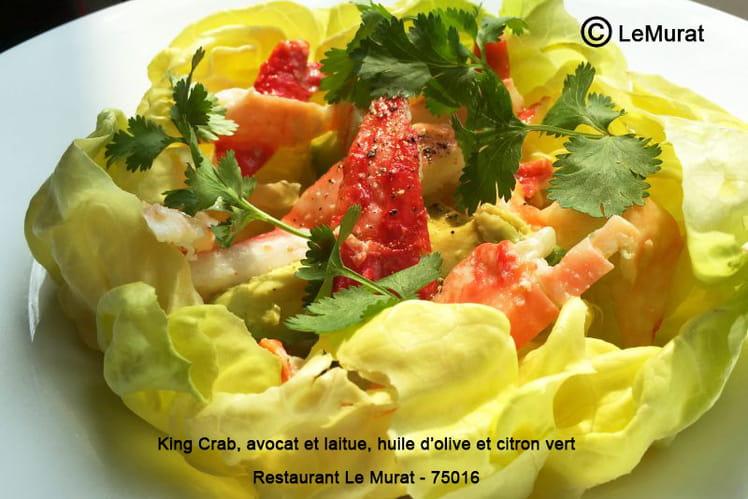 Salade de crabe royal, avocat et laitue, huile d'olive et citron vert