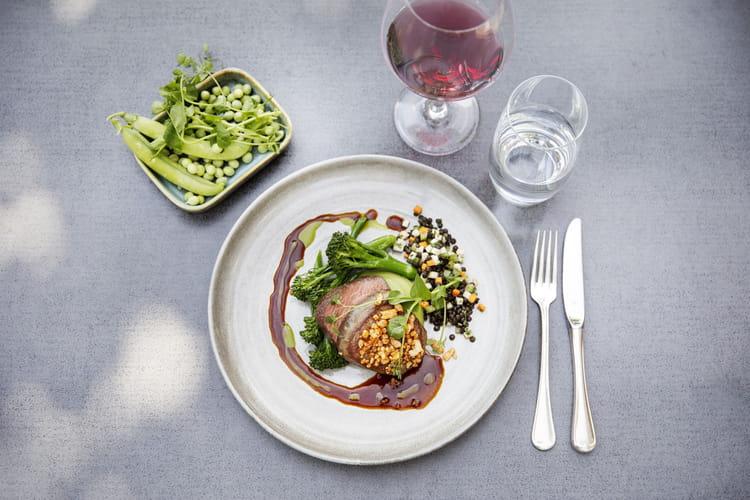 Filet de bœuf irlandais, brocolis et lentilles