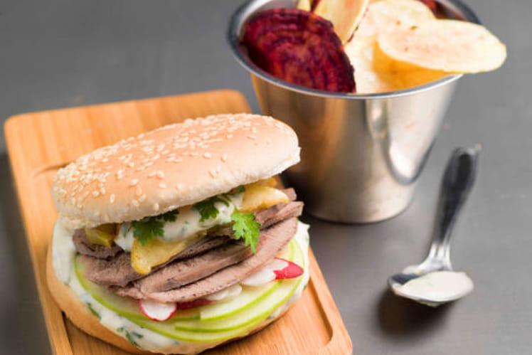 Burger sucré-salé de langue de boeuf