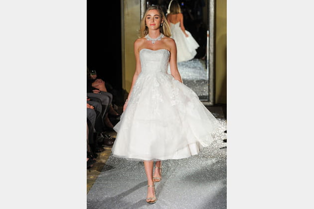 La robe courte Oleg Cassini