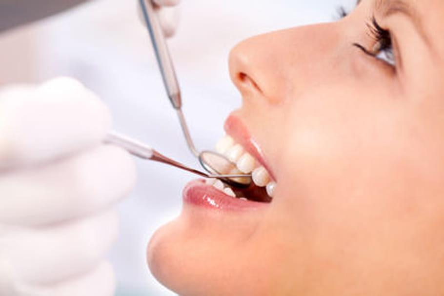 Le bisphénol A abîmerait l'émail des dents