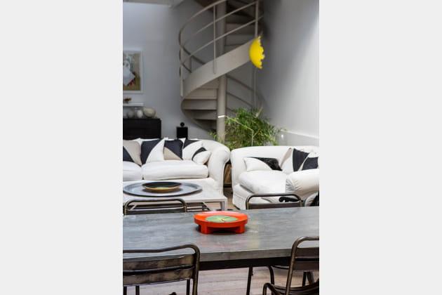 escalier vis. Black Bedroom Furniture Sets. Home Design Ideas