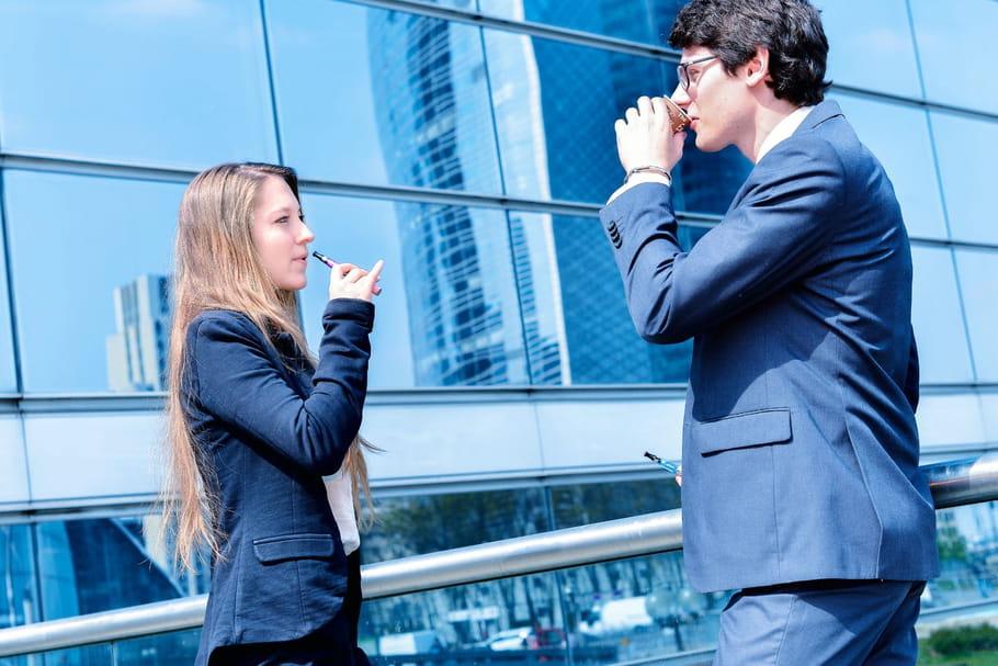 Les cigarettes électroniques motivent les fumeurs à arrêter de fumer