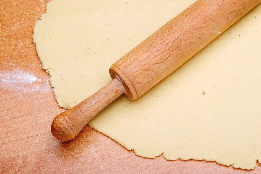 Comment étaler une pâte à tarte facilement?