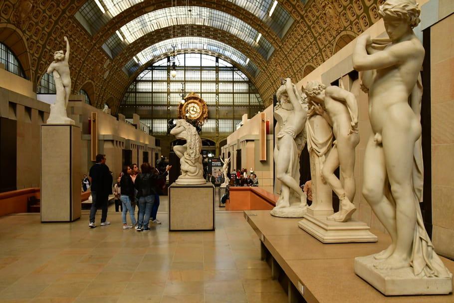 Réouverture des Musées: Réservation obligatoire, Groupe masqué de 10personnes...