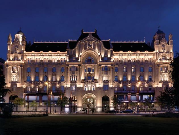Les plus beaux hôtels de Budapest : le Four Seasons Gresham Palace