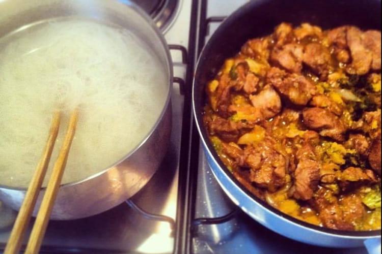 Poulet au curry et chou romanesco