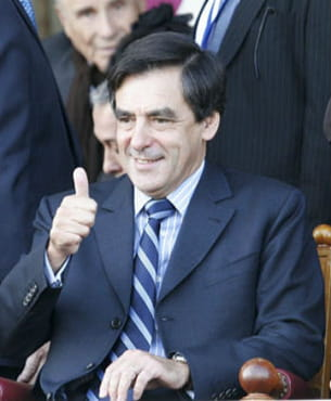 françois fillon au prix de l'arc de triomphe en 2008