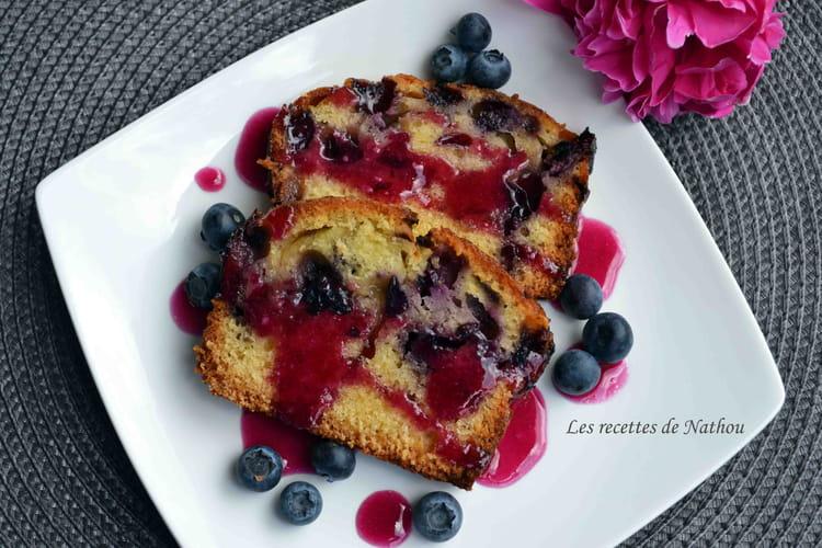 Cake aux myrtilles et son coulis
