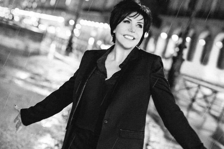 Liane Foly, crooneuse épanouie