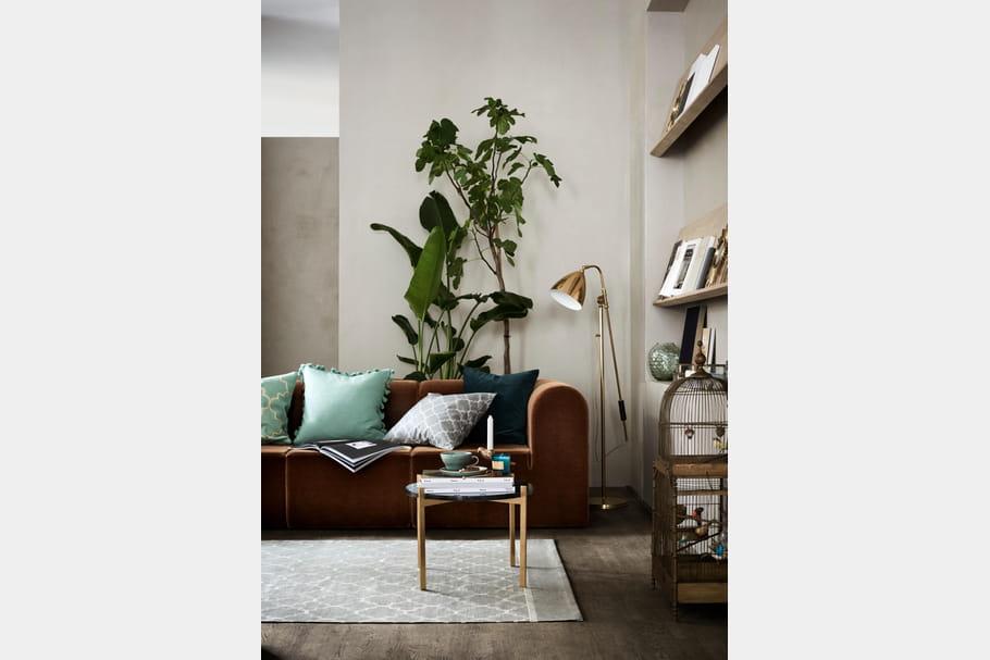 bougeoir rhinoc ros dor. Black Bedroom Furniture Sets. Home Design Ideas