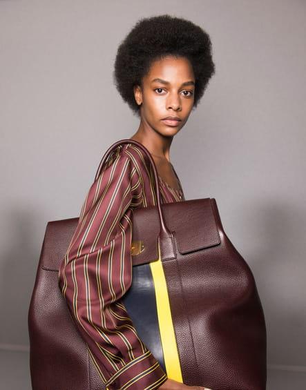 Le sac à main en cuir XXL du défilé Mulberry