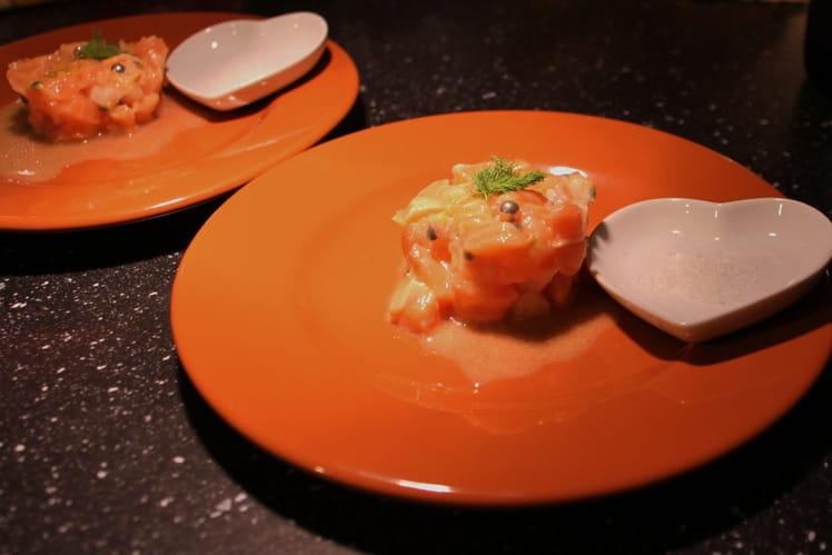 Tartare de saumon rose aux fruits de la passion