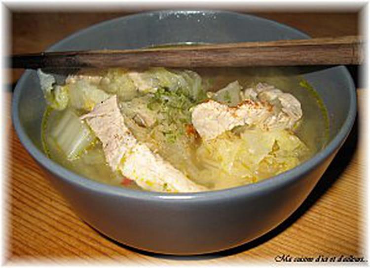 recette de soupe de porc au chou chinois la recette facile. Black Bedroom Furniture Sets. Home Design Ideas