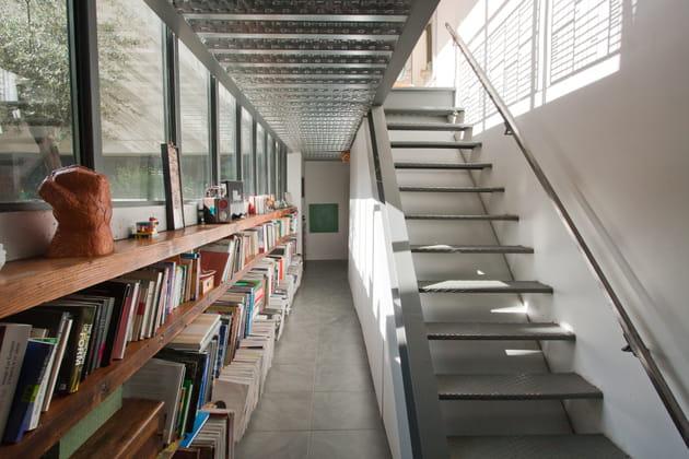 Un escalier assorti au plafond