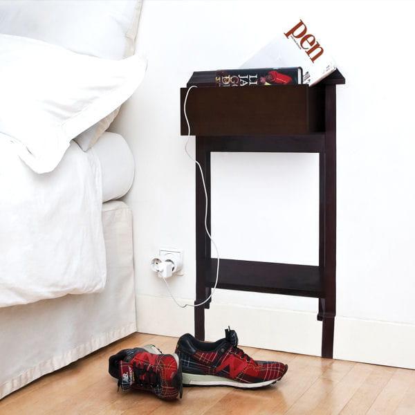 chevet en trompe l 39 il. Black Bedroom Furniture Sets. Home Design Ideas