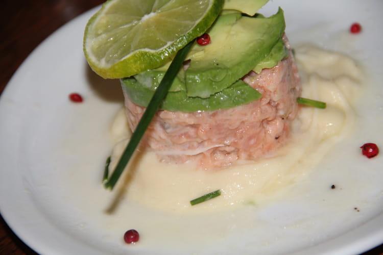 Tartare de saumon à la crème d'Istara Ossau-Iraty