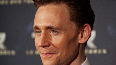 Tom Hiddleston, mais pourquoi est-il si charmant ?