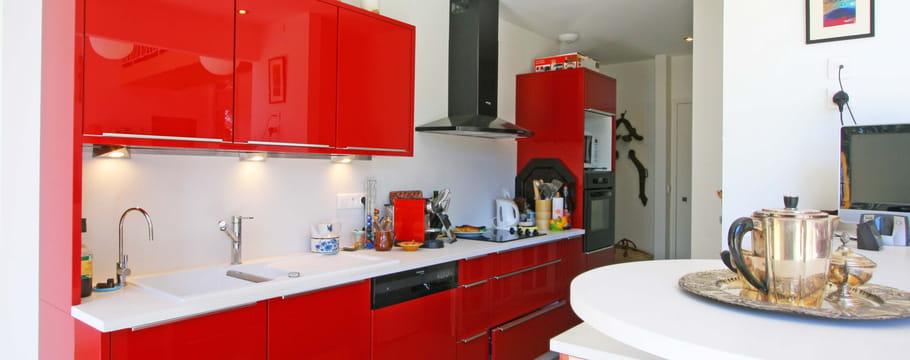 d co couleur rouge conseils pour utiliser le rouge en d co. Black Bedroom Furniture Sets. Home Design Ideas