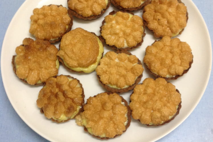 Tartelettes au citron meringuées au chocolat