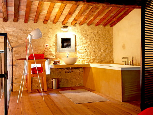 Salle de bains en mezzanine