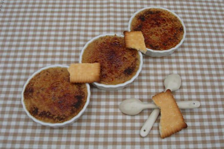 Crèmes brûlées régressives aux biscuits