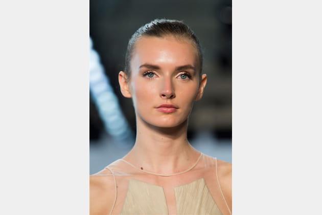 Pamella Roland (Close Up) - photo 7