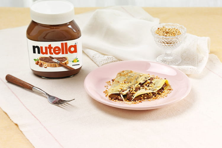 Crêpes au Nutella® et aux noisettes