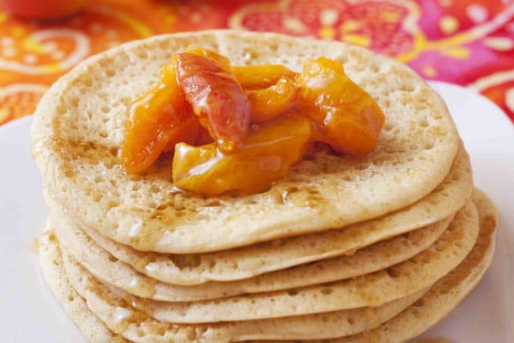 Pancakes à la Fruitée Intense Abricot et poêlée d'abricots