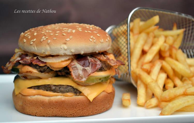 Recette de hamburger au bacon la recette facile - Recette hamburger maison ...