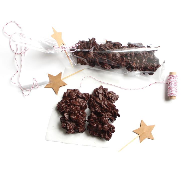 recette de roses des sables amandes et chocolat noir la recette facile. Black Bedroom Furniture Sets. Home Design Ideas